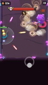 紫のロボットの竜巻を避けている画像